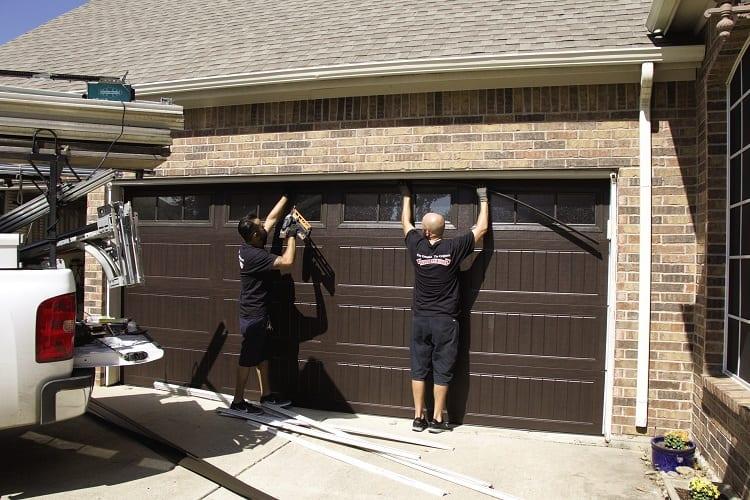 Garage Door Installers